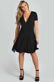 Boohoo Womens Plus Size Verity Short Sleeve Knee Length Wrap Front