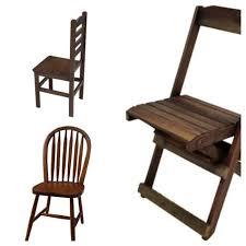 Vendo 2 cadeiras de madeira maciça com estofados, com pintura em patina off white e forro colorido. Cadeira De Madeira 75 Modelos Que Se Destacam Na Decoracao