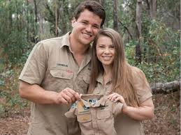 Bindi sue irwin first appeared in front of the cameras when she was only a few weeks old. Bindi Irwin And Husband Chandler Powell Reveal They Are Having A Baby Abc News