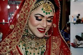 at kiran beauty salon we provide various bridal makeup packages like hd airbrush hd mac hd urban decay hd krayolan bridal makeup