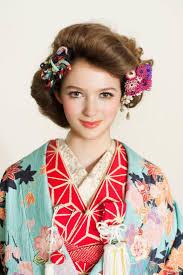 成人式や結婚式などで着る機会のある和装和装のヘアスタイルってどんな