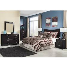 Zanbury 4 Piece Queen Bedroom Set in Merlot
