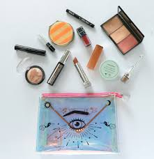 chin s makeup bag