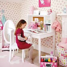 image of kids white desk with hutch
