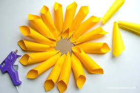 Flower Making Paper Decoration How To Make Paper Dahlia Flowers Love She Them In All