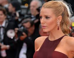 blake lively in talks for shark thriller the deep