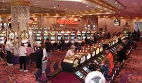 Gambling in the United States - Wikipedia