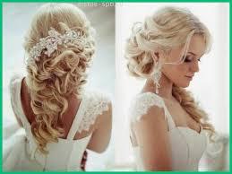 Coiffure Sur Cheveux Mi Long Pour Un Mariage Modele
