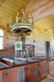 KYRKOKARTAN.SE » Skagershults gamla kyrka » Många figurer på ljudtaket