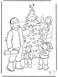 Familie In De Sneeuw Kleurplaten Kerst