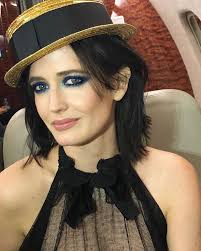 quick end of the day makeup shot on the jet bye paris evagreen blueeyes lisaeldridgemakeup dumbo disney