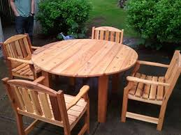 56 round table set with 4 garden chairs