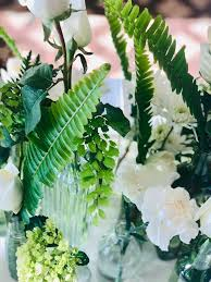 lush greens with white accents plaza florist gifts 515 276 4951pic twitter mj7xkp3jtc