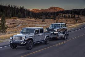 2020 Jeep Gladiator Is the Wrangler-Based Pickup of Your Dreams ...