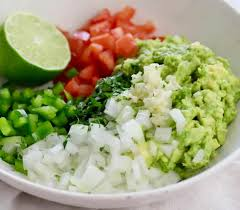 how to make homemade guacamole with