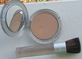 pur minerals 4 in 1 pressed mineral makeup and chisel brush