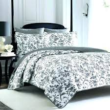 black and white coverlet blue and white quilts and coverlets black and white quilts and bedspreads