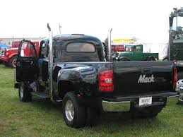 Old Folks on The Go: Southeast Antique Truck Show