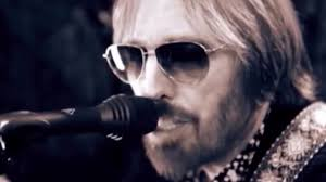 Hollywood Minute Tom Petty Tops Charts Once More