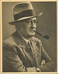File:Studio shot of actor, singer and vaudevillean Marshall Crosby circa  1940s.jpg - Wikipedia