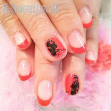 セクシー赤黒レースの赤フレンチネイルデザイン 爪をきれいにしたい