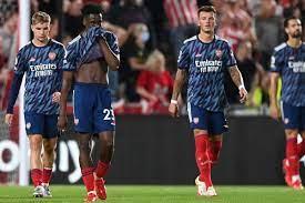 New season, same old Arsenal! Gunners ...