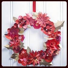 Christmas Paper Flower Wreath Make Christmas Paper Flower Wreath Sewyeah