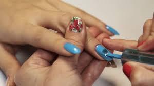 Kosmetický Salon Manikúra Relace žena Ručně Malované Nehty Modré Polsky