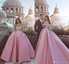 New Ball Gown Design Special Design Baby Pink Ball Gown Evening Dresses With Hand Made Flowers Off The Shoulder Prom Party Wear Pink Evening Dress Plus Size Evening