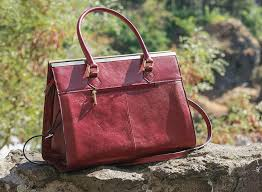 wilsons leather roma leather tote 002