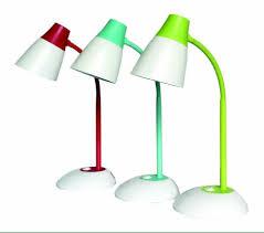 Cách chọn đèn bàn học tốt cho con mà cha mẹ nên quan tâm