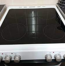 mum removes deep scratches from her hob