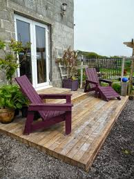 Decking Using Pallets Coach House Crafting On A Budget Diy Pallet Wood Decking Plants