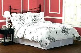 red bedspreads king size bedspreads king size black quilt red quilt set red and white quilting