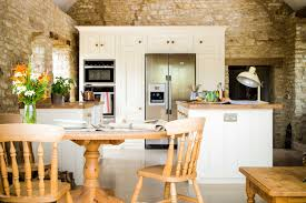 Traditional country kitchens Decorating Traditional Country Kitchen 17th Century Grade Ii Listed Barn Conversion With Oak Worktops And Cabinets Painted In Farrow Ball Tallow Sustainable Kitchens Stevens Traditional Country Kitchen Sustainable Kitchens