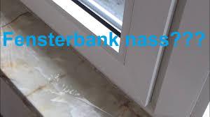 Wassereinbruch Am Fenster Ablauf Fensterrahmen Reinigen Wasserablauf