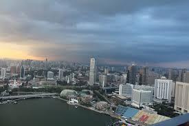infinity pool singapore edge. CE LA VI Club Lounge: Infinity Pool\u0027s Edge Overlooking The Skyscrapers Of Singapore Pool A