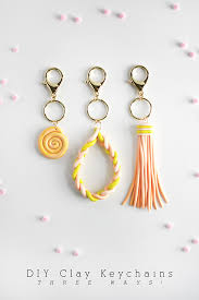 clay diy keychains 3 diffe ways delineate your dwelling