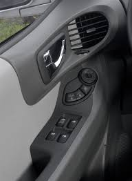 2005 Hyundai Santa Fe Pictures, History, Value, Research, News ...