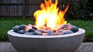 diy outdoor fireplace ideas to combat the winter chill featured image