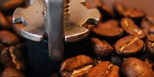 Coffee made from robusta beans is less sweet, less acidic, strong and has a higher caffeine content. How Oily Coffee Beans Can Ruin Your Espresso Machine And Coffee Taste Espresso Canada