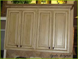 enchanting antique white kitchen cabinets design ideas paint antique white kitchen cabinets vintage