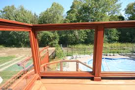 054 hardwood rail with tempered glass panels