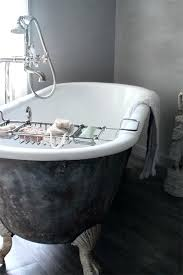 pictures of clawfoot bathtubs i need a claw foot bathtub to add to y beauty regime pictures of clawfoot bathtubs image of old