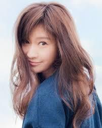 篠原涼子の髪型ヘアスタイル前髪やショートのオーダー方法は Cuty