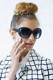 Top Knot Hair Style the secret to getting a great top knot stylecaster 2501 by wearticles.com