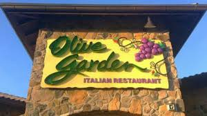 tennessee olive garden pays 800 tab for track team after school shooting kiro tv