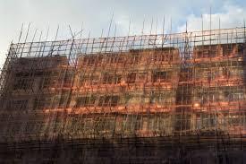 hong kong s bamboo scaffolding videos a standard scaffolding when renovating the building facade