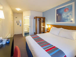 Man Utd Bedroom Wallpaper Travelodge Manchester Sportcity Hotel Manchester Sportcity Hotels