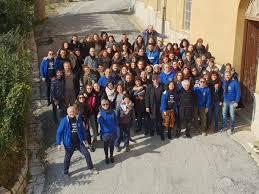 """Don Antonio Mazzi a Calatafimi con alcuni giovani e i responsabili di  """"Educatori senza frontiere"""" • Prima Pagina Trapani"""